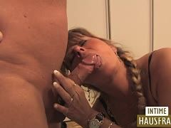 Attractive milfs allow themselves hot bi action
