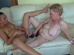 Alte und junge lesbische Pornos Schwarze Schwänze und weiße Mädchen