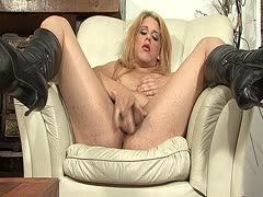 Hot tranny is fucking solo and has ass sex