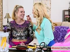 Bisexual stepmom seduces blonde girl
