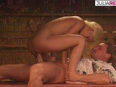 Nackt bilder schmitt vivian vivian schmitt