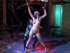 Dominatrix Tory Lane shares the cock with her slave